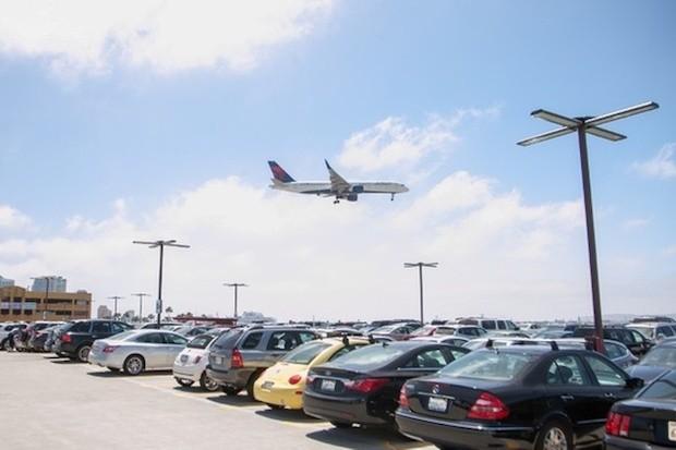 Parkos : le site de réservation en ligne de parking près de l'aéroport