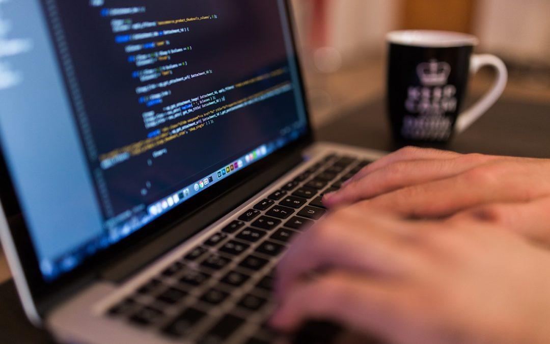Comment se lancer dans le portage salarial en tant que développeur informatique ?